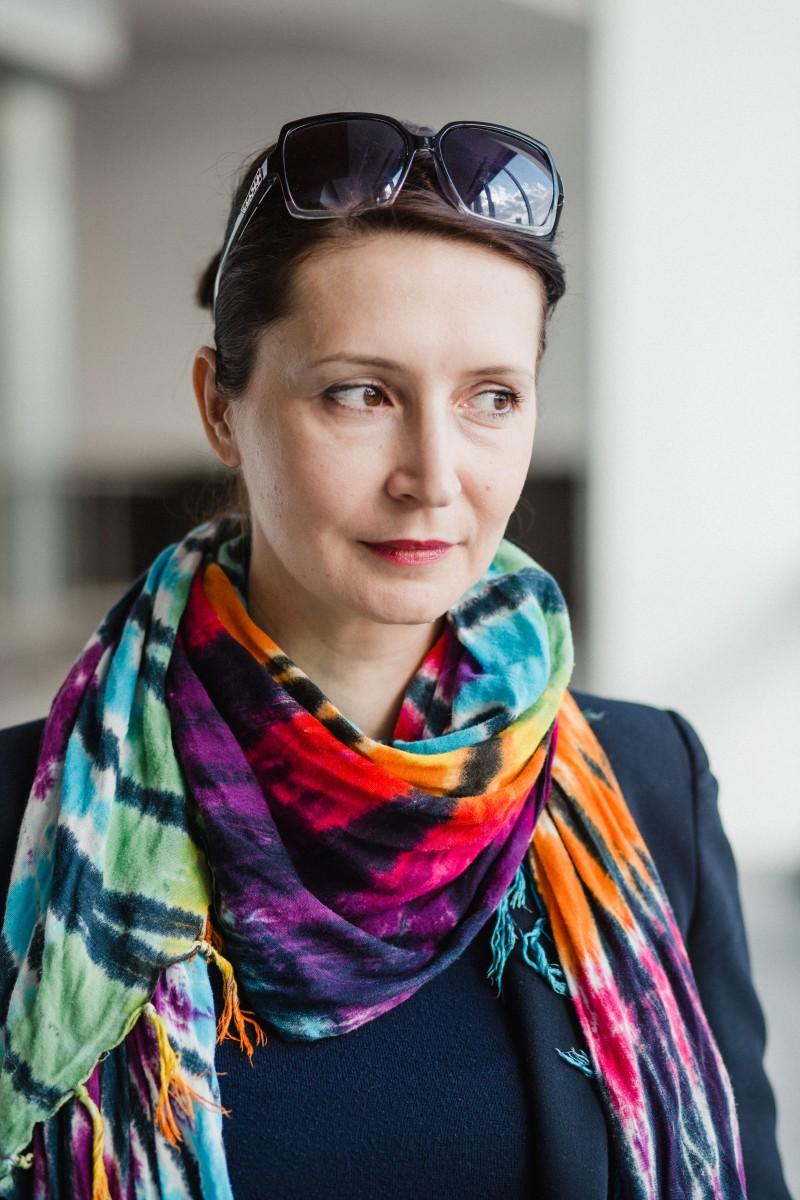 Zuzana Reľovská pripisuje svoje vyhorenie šialenému tempu v práci, v ktorom zotrvávala celé roky, aj vlastnému vnútornému nastaveniu, ktoré ju hnalo k obrovským výkonom. Foto: Dominik Sepp